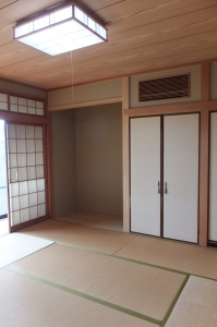 A Japanese style of guest room  1